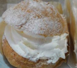 銀座コージーコーナーのジャンボシュークリームを食べた感想と評判は?毎月の19日の価格は!