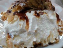 西宮市のケーキ屋さんの長崎伸栄堂とはとシュークリームを食べた感想は?種類と通販は!