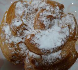 バックハウスイリエの大きなシュークリームを食べた味の感想と口コミは?賞味期限と値段は!